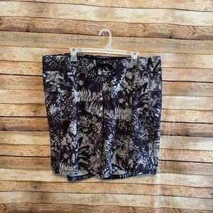 Lululemon Black Gray Current State Shorts 40